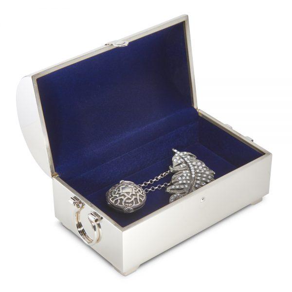 Jewellery Casket open M343