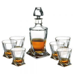 Decanter & Glasses D244